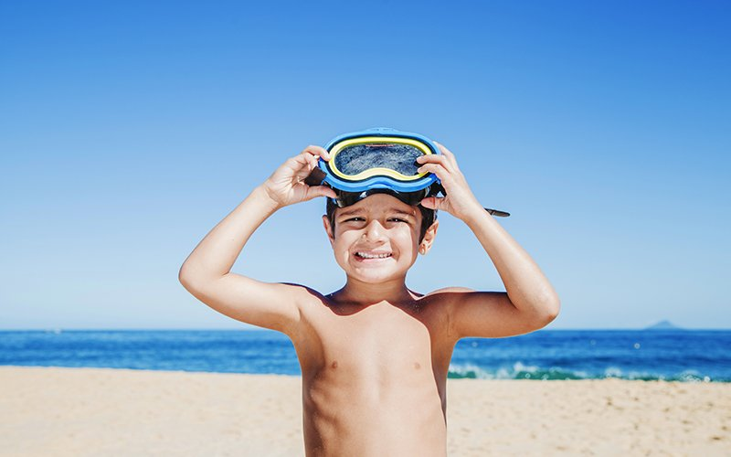 Young snorkeller on PADI courses for children