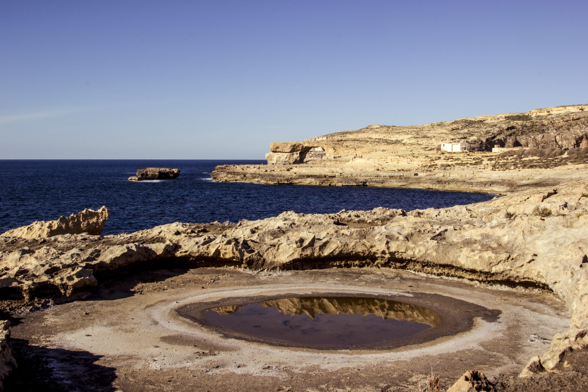 Dwerja with the azure window in the distance